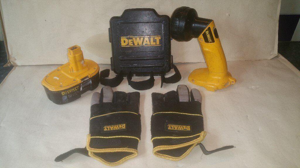 DeWALT 12volt Torch, Glovesother bitsin Castle Bromwich, West MidlandsGumtree - DeWALT 12volt Torch, Gloves & other bits DeWALT Torch DW906 (In Good working order But NO Battery) DeWALT Gloves 2nd hand (Glue on 1 but still useable) DeWALT CD Case for onside of Radio/CD player (only 3 straps) DeWALT 18 Volt Battery 2.6A (Does not...