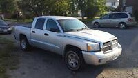 2007 Dodge Dakota 4x4 mint condition!