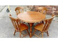 OAK DINING TABLE AND 4 CHAIRS GOOD CONDITION FREE LOCAL DELIVERY