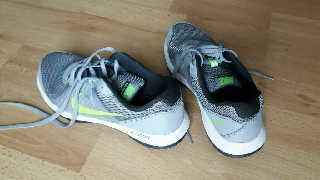 a35a42e4dcf1 Boys Nike Trainers 2 pairs size 5. Pengam Green ...