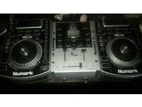 Cdj Numark NDX 400 and mixer