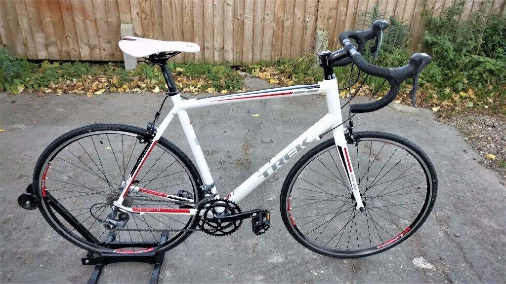 Trek One 1.1 Road Racing Bike L 58 Claris