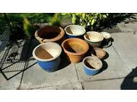 Lost of plant pots. No cracks good condition