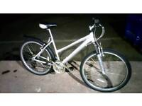 Ladies Town bike MTB (lightweight aluminium frame) EXCELLENT CONDITION