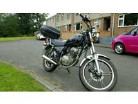 SUKIDA SK125 CHOPPER CRUISER STYLE. AMAZING CONDITION. LOW MILEAGE AND 11 MONTHS MOT