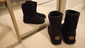 Ladies Black EMU Boots Size 5