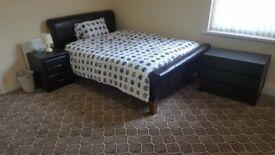 REFURBISHED ROOM IN ACOCKS GREEN U/C NO DEPOSIT WEEKLY COMMUNAL CLEANER AVAILABLE IMMEDIATELy