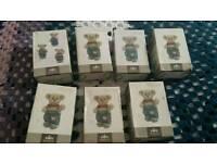 7 bears in box