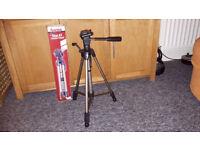 Camera tripod Star 61. Hama imaging. 60/153 cm. 1220 g. Case included.