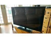 32 inch Flat Screen TV/ DVD Combo