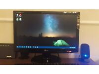"""LG Monitor LED LCD 20"""" inch Great condition"""