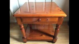 SOLID PINE SIDE/END/LAMP TABLE - CAN DELIVER