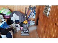 yellow Dyson DC33 MULTI FLOOR Vacuum Cleaner Bagless tools 1 week guarantee no texing pho
