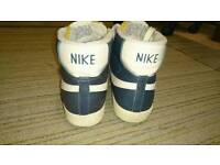 Nike basketball style boot size 7 EUR 41