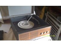 "DECCA "" CAPRI "" RECORD PLAYER , GIVE YOUR VINYL an AIRING , GOOD QUALITY & VOLUME"
