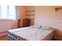 Short let NO DEPOSIt double room available in Westferry station. £160pw all incl