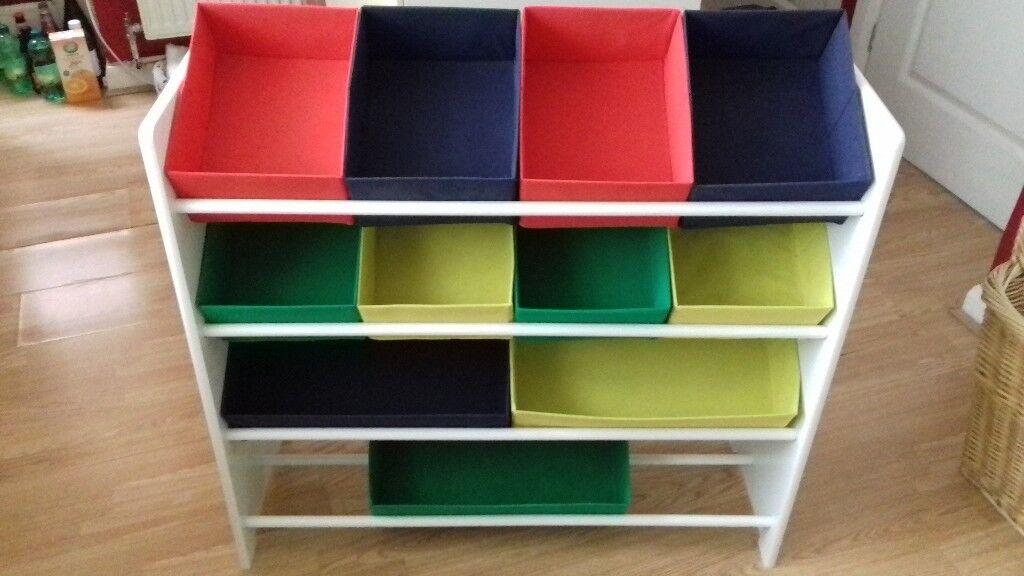 Children's bedroom/playroom basket storage unit