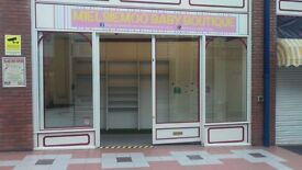 KIOSK 2 - 137 sq.ft retail space to let - great opportunity for small business