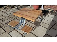 Folding Solid Wood Picnic Table .