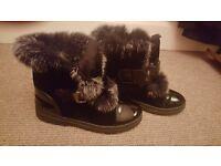 Womens/girls trainey boots