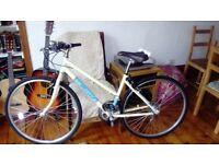 Ladies bike for sale, excellent condition