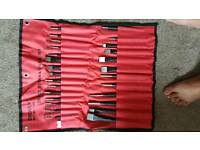 Bergen. 28 pc punch and chisel set