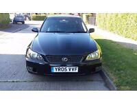 LEXUS IS200 2.0 SE TOP OF THE RANGE FINAL EDITION SAT NAV BLACK LEATHER AND BLACK ALLOYS FSH
