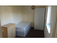 Cheap rooms to rent. Weekly rent - Furnished