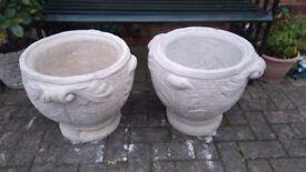 2 large gargen planters