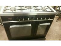 SMART LOOKING GAS COOKER WITH ELECTRIC FAN ASSISTED OVEN 90CM DUAL FUEL CAN BE DELIVERED ANYWHERE