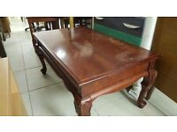 Mahogany Coffee Table With Curved Legs in Good Condition