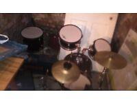 Drum set or drums