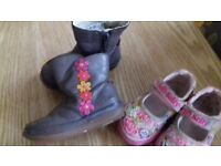 2 PAIRS OF GIRLS SHOES FROM LELLI KELLY & CLARKS SIZE INFANT UK 5 WINTER BOOTS & SEQUIN PUMPS VGC