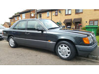 mercedes benz w124 260e in very good condition