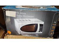 17L White Digital Mircowave Oven