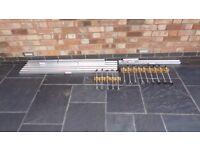 Suretile Tiletracker battons and legs