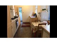 Large single room walking distance to Wood Green and turnpike lane tube station