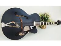 Gretsch G100CE Synchromatic Cutaway in Black as New Boxed