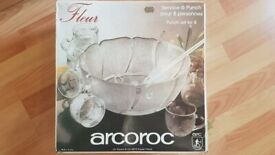 Vintage Arcoroc Fleur Punch set for 8 - Made in France - new in box - with ladel
