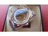 New Swiss Cartier De Calibre for sale! £ 100!