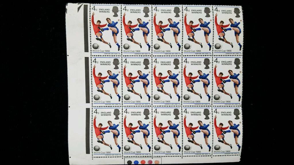 BLOCK OF 15 WORLD CUP 1966 4d STAMPS WITH TRAFFIC LIGHTS