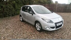 2011 Renault Scenic 1.5 Dci dynamic tt bose edition.