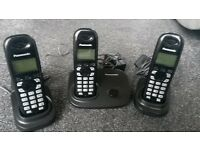 Panasonic Cordless Telephone x 3 with Answer Machine