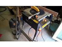 flip over table and rip saw with dust extractor