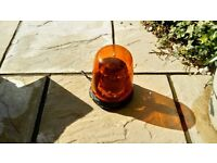 Amber emergeny beacon light