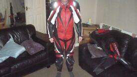 ixs 2 peice motorcycle leathers