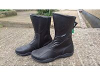 Spada Seeker WP Motorcycle Boots - Black, Size 43 (UK 9)