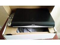 Sky Box + HD + 500 GB + 3D ready record+ Wf Fi Inside + Amazing Sound+Very Good Condition