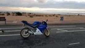 Blue Yamaha YZF R125 Good Condition