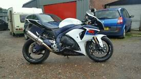suzuki gsxr 1000 2010 l0 model low miles quick sale 1 owner from new
